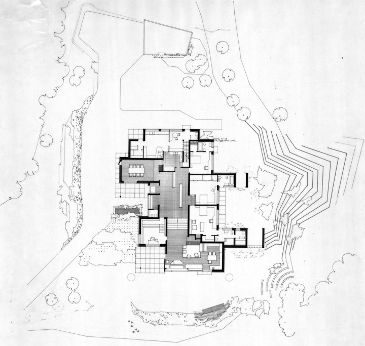 Site and ground floor plan, Maison Louis Carré