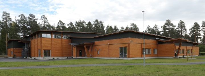 The Northern façade , Kauppis-Heikki School