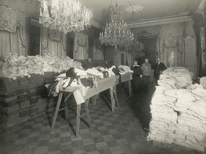 Storage of the Red Cross during WWI, 1914–17 , Government Banquet Hall Smolna