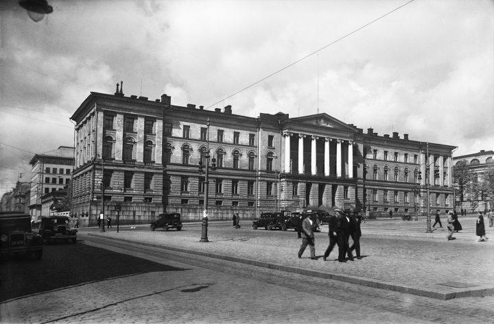 1930, Helsinki University