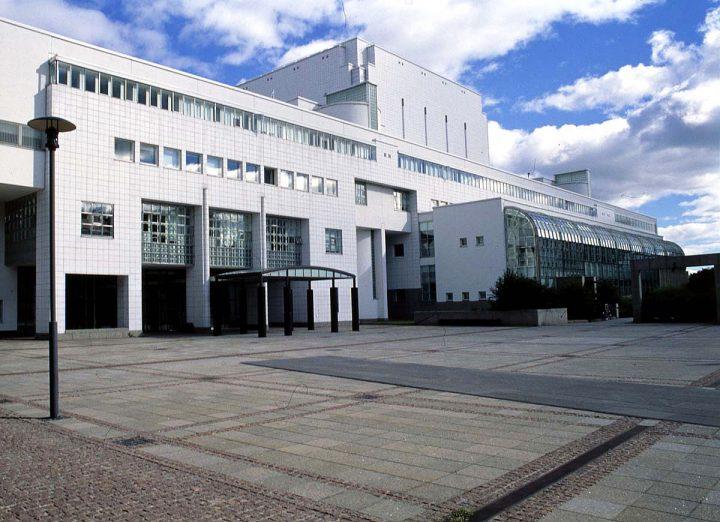 Main entrance, Finnish National Opera