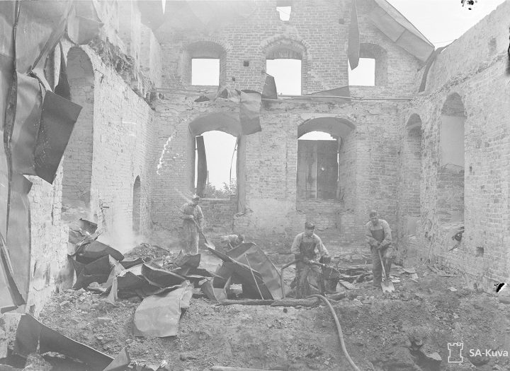 The roofs and castle church were destroyed in Soviet bombings on June 26, 1941, Turku Castle