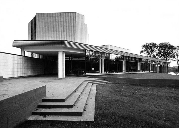 After completion in 1967 , Helsinki City Theatre