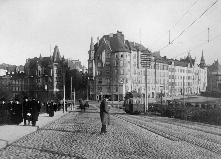 The building photographed from Kanavakatu in 1905, Aeolus House