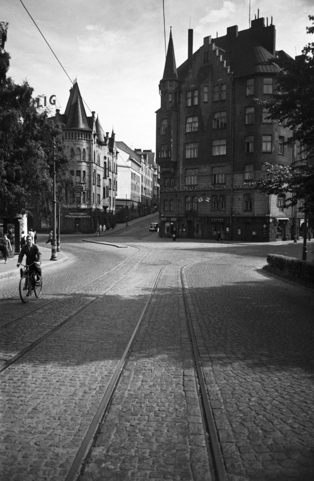 Tallberg House on the left and Aeolus Building on the right side of the Luotsikatu street, photographed in 1950, Aeolus House