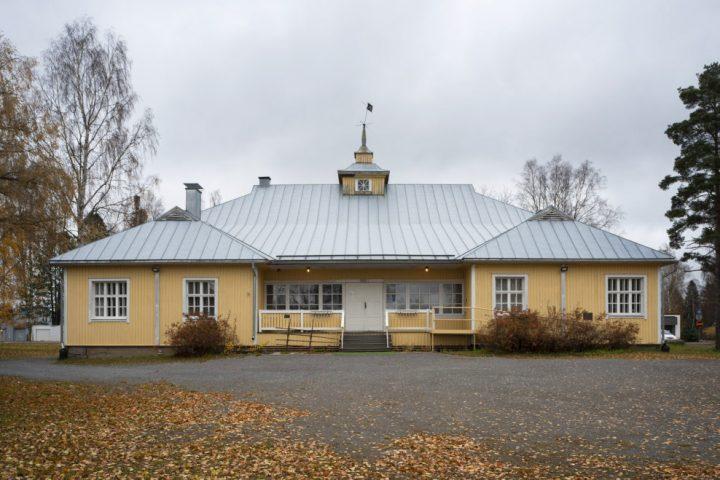 Main façade, Alajärvi Youth Association Building