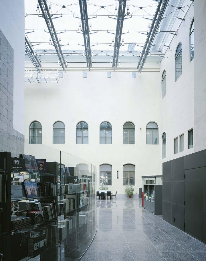 Lobby from the Ateneuminkuja entrance, Ateneum Art Museum Extension