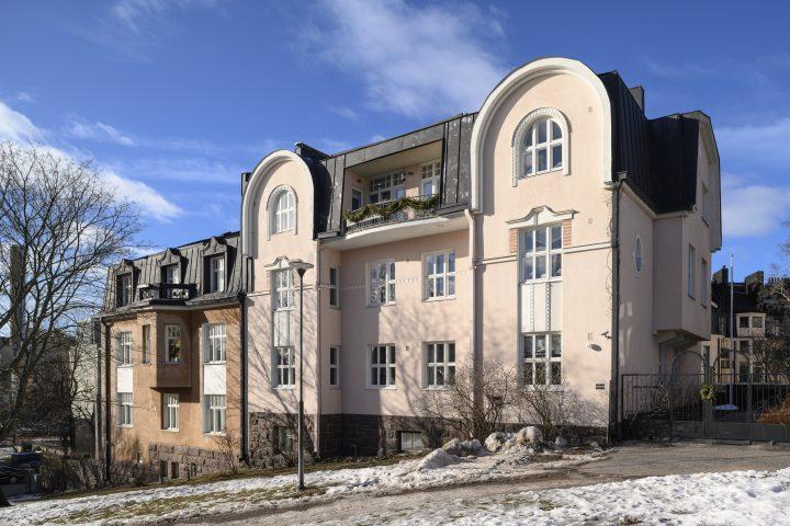 Engel Square villas, Eira Villa District