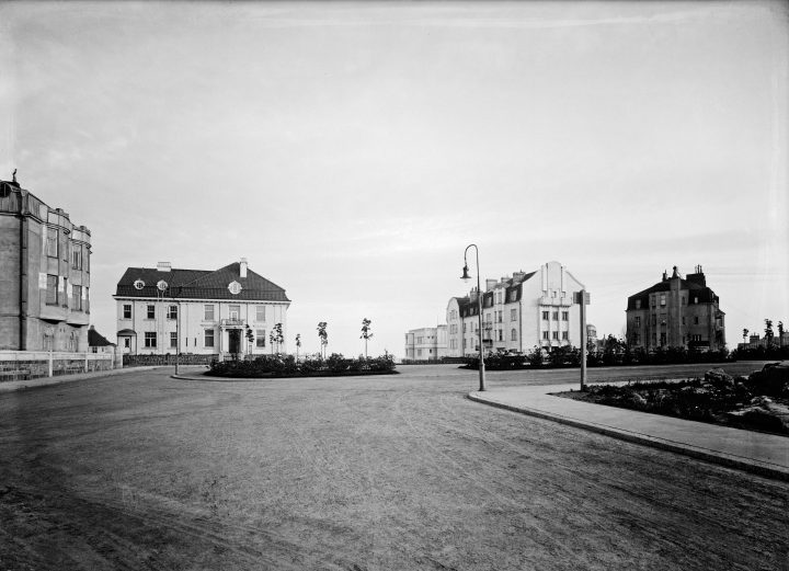 The Engel Square in 1916, Eira Villa District