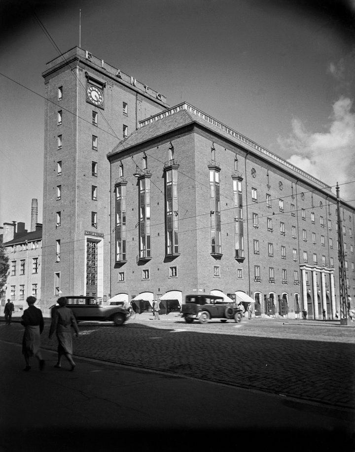 View from the opposite side of Hämeentie in 1934, Elanto Headquarters