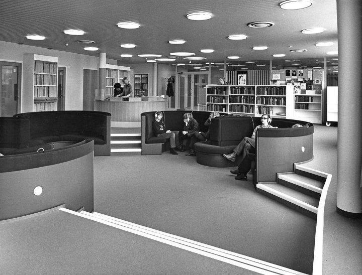 Music library facilities, Töölö Library