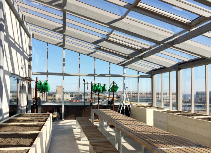 Rooftop greenhouse, The Greenest Block of Flats