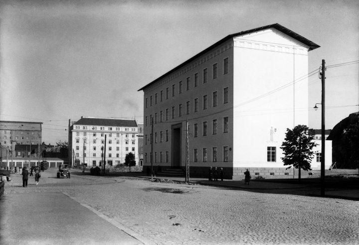 Helsinginkatu street view in 1927, Helsinki Worker's Institute