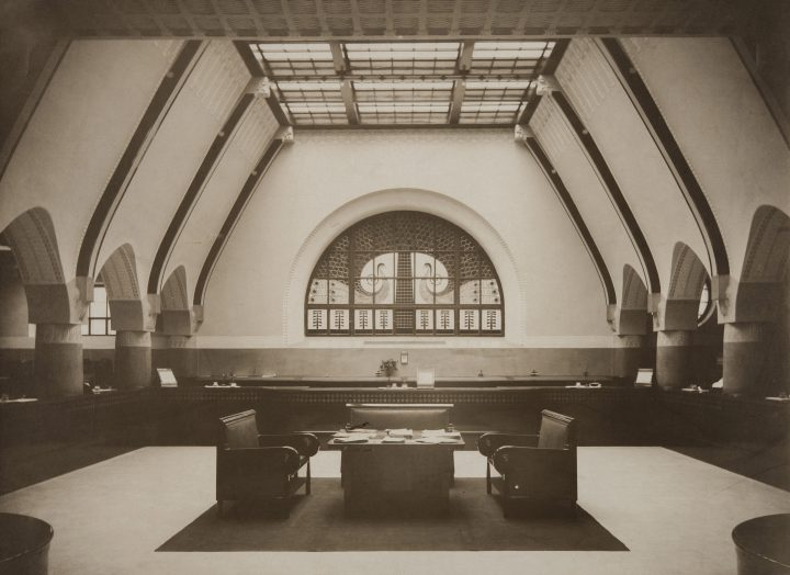 Interior photographed in 1904, Jugend Hall