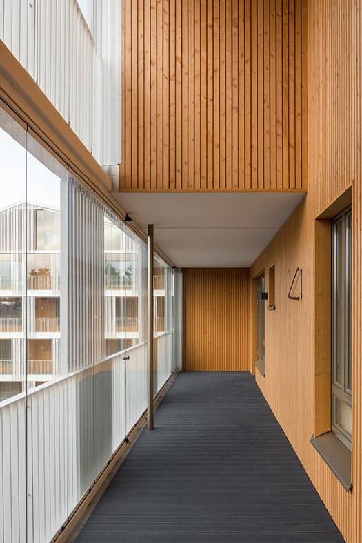 Balcony access to apartments, Käpylän Posteljooni Housing