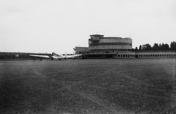 Helsinki-Malmi Airport in 1937, Malmi Airport