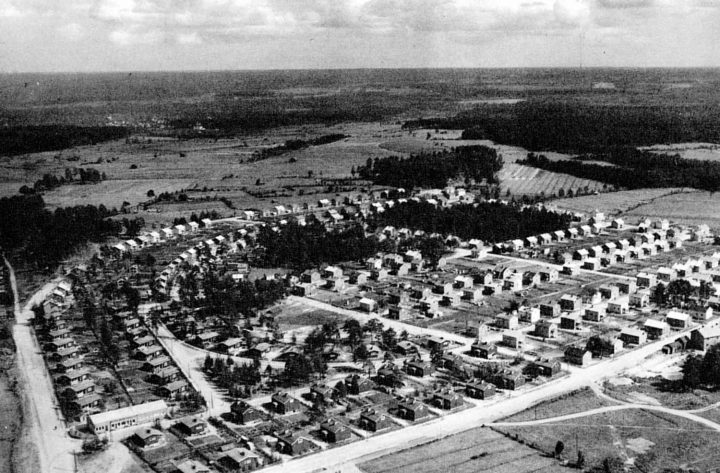 Aerial view to East in 1955, Karjasilta Residential Area
