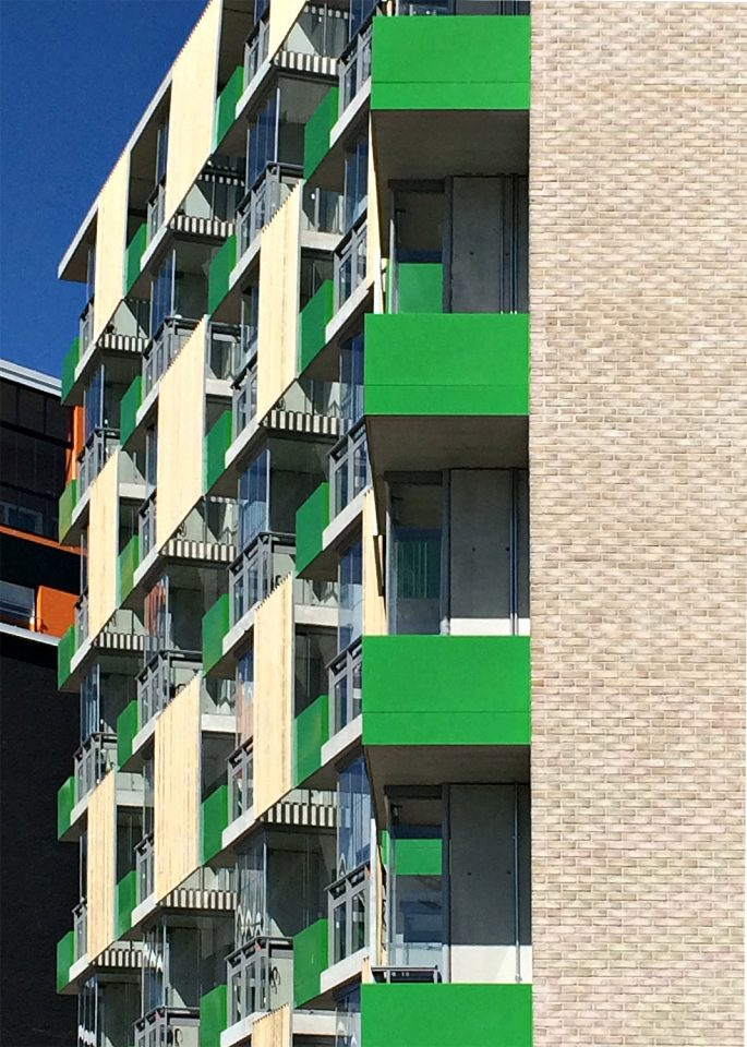 Detail of street side facade, The Greenest Block of Flats
