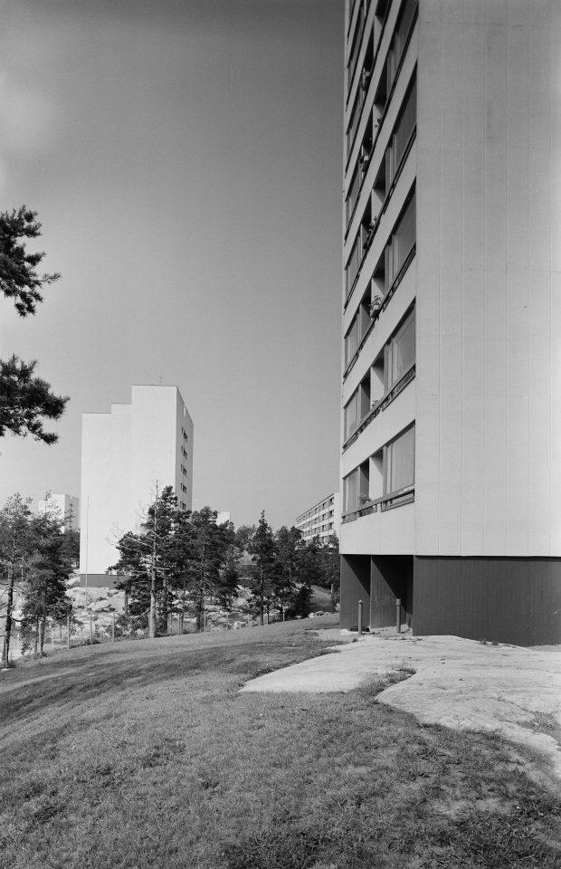 Highrises of Pihlajamäki photographed in 1965, Pihlajamäki Residential Area