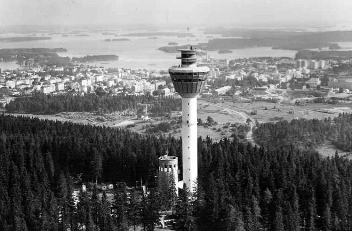 Aerial view of the old and new tower in 1963, Puijo Tower