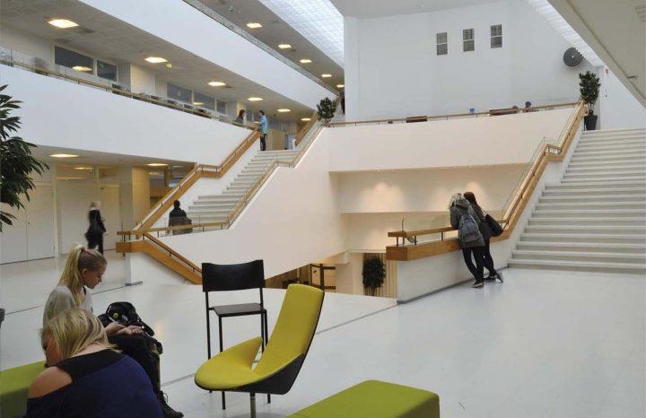 1st floor lobby, Sampola