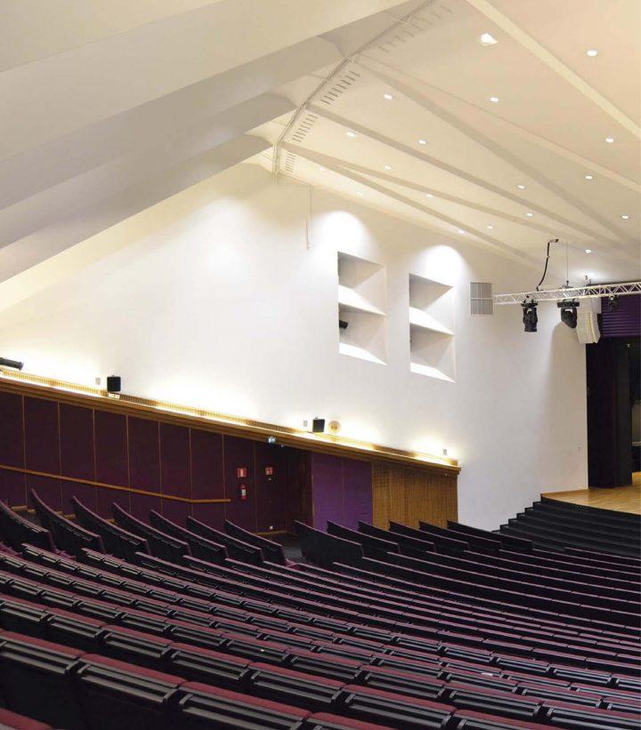 Auditorium, Sampola