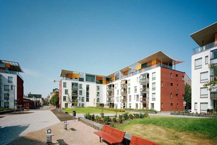 Courtyard view, Stanssi & Svingi Housing