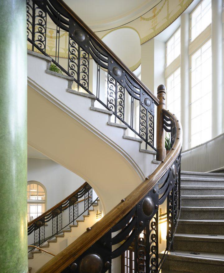 Main staircase , Kallio Library