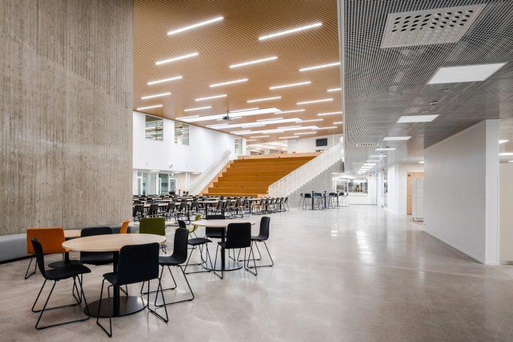 The hallway, Syvälahti School and Community Centre