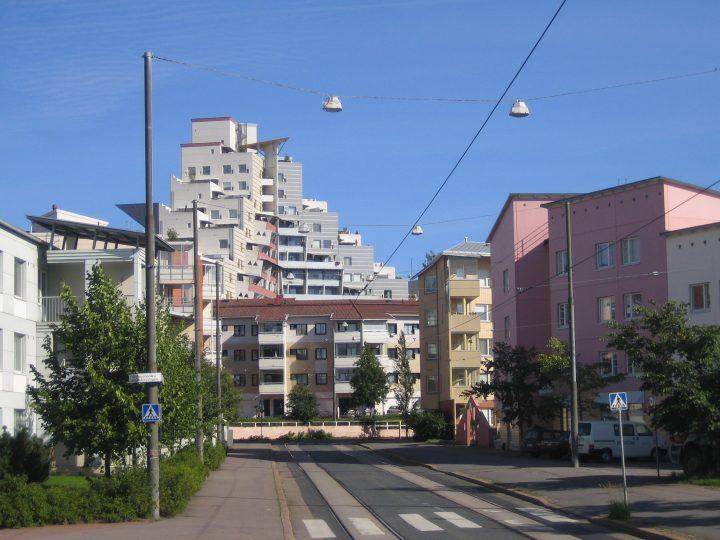 Terraced Building Block is the landmark of the Pikku Huopalahti district, Pikku Huopalahti Terraced Building Block
