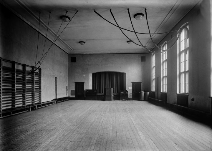 Gymnastics hall in 1922, House of Learned Societies