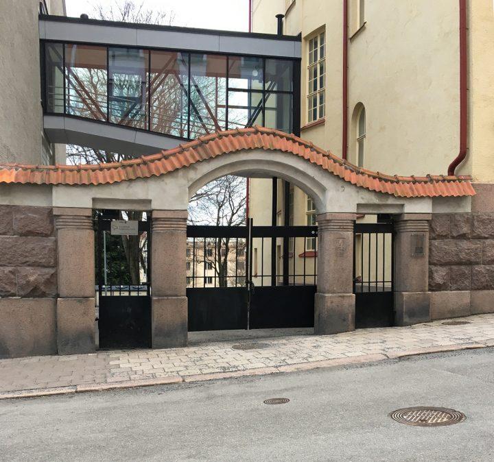 Gate, Swedish Co-educational School