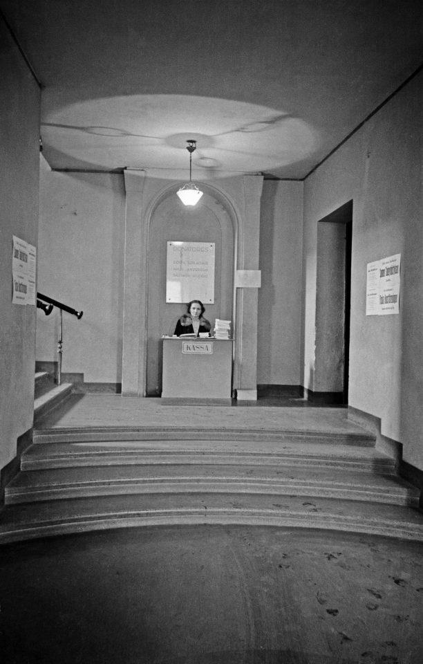 Entrance hall in 1946, Kunsthalle Helsinki