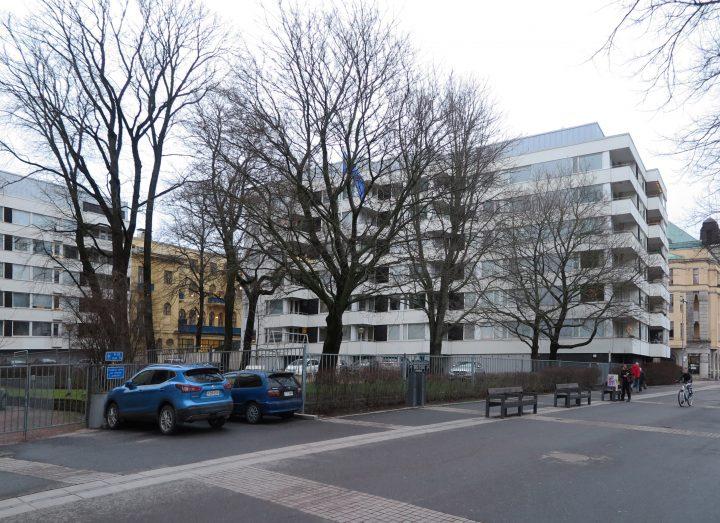 Wilenia photographed from Läntinen Rantakatu street, Wilenia Housing