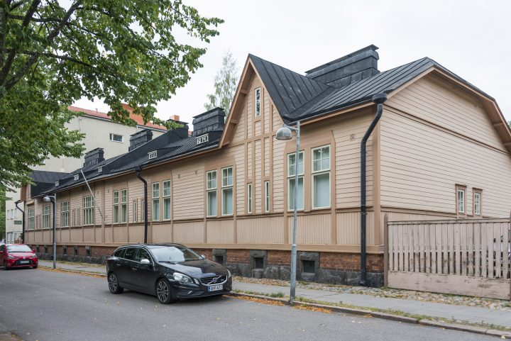 The building photographed from Kirstinkuja , Worker Housing Museum