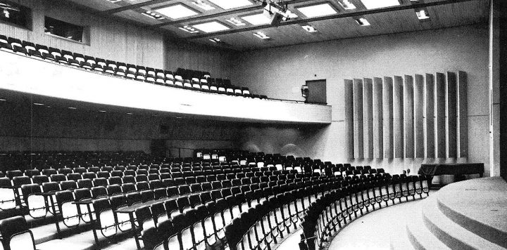 Auditorium, Helsinki Finnish Co-educational School SYK