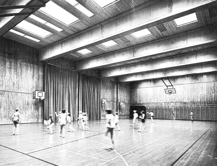 Gymnasium, Helsinki Finnish Co-educational School SYK