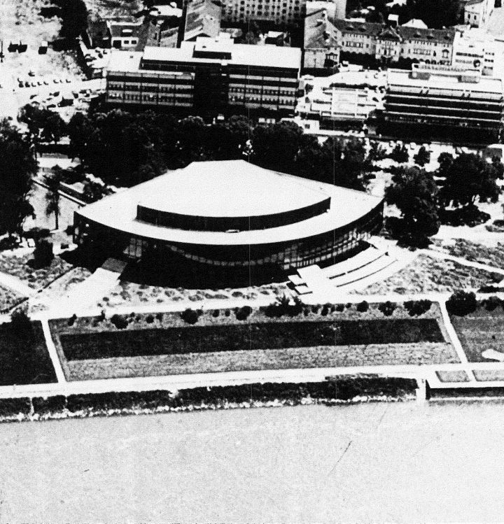 Aerial view from the north, Brucknerhaus Linz