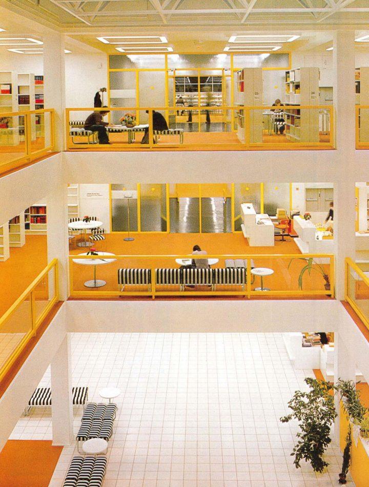 Central hall, University of Jyväskylä Library