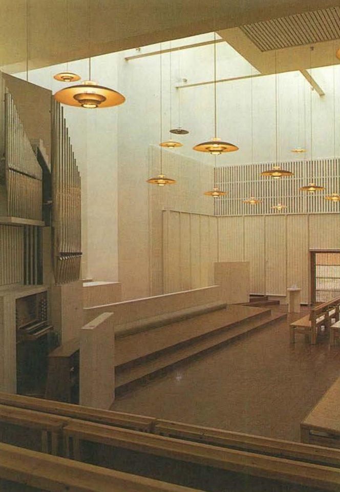 Assembly hall, St. Thomas Church