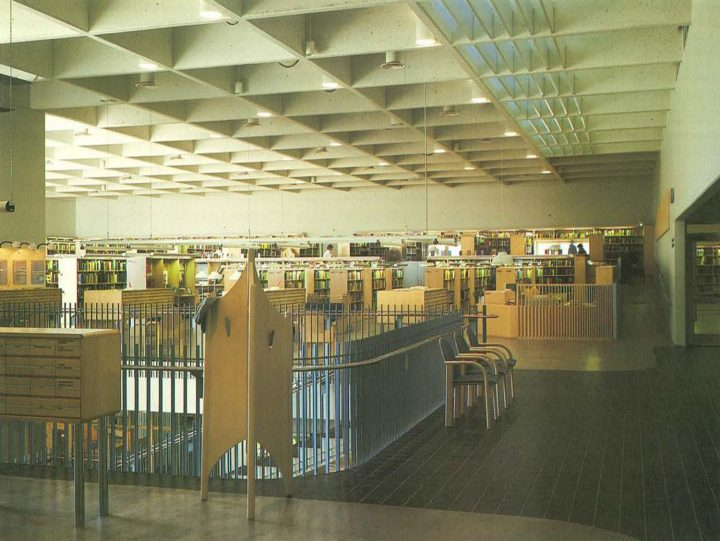 Lending section on the first floor, Riihimäki City Library
