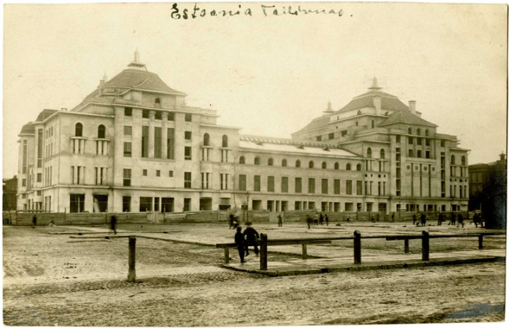 Main façade in 1912, Estonia Theatre