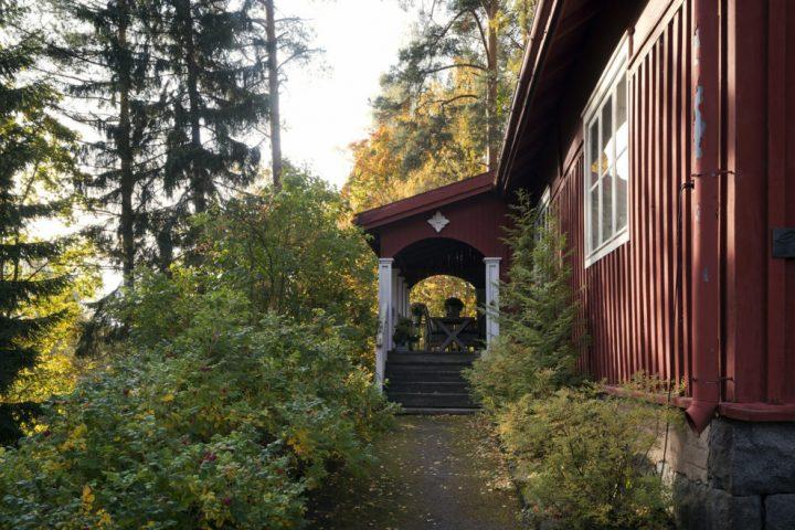Entrance, Villa Karpio