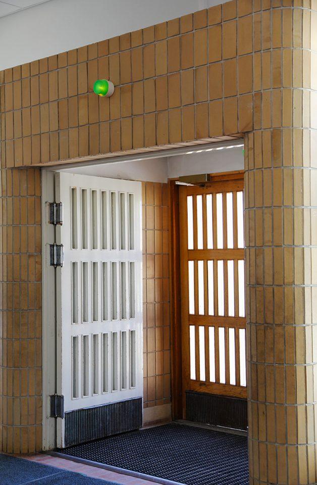 Main entrance, Malm Primary School