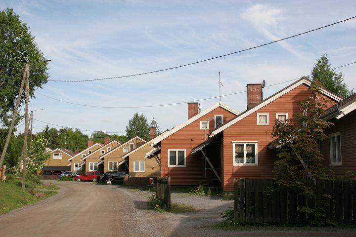 View along Päästäisenpolku street, Laivateollisuus Residential Area