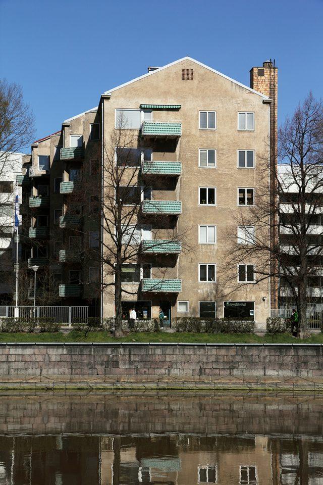 Gable towards the riverfront, Läntinen Rantakatu 21 Apartment Building